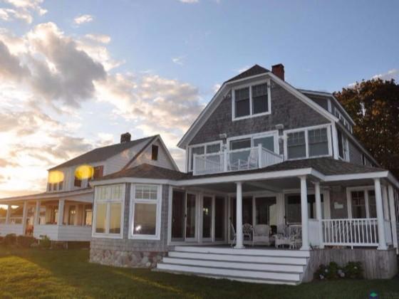 活动板房与轻钢结构别墅有什么区别?
