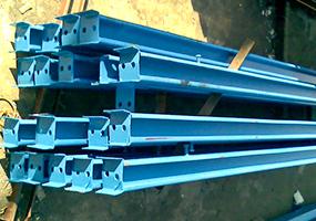 坡顶型板房立柱