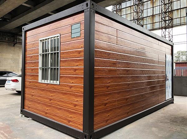 用传统货柜箱改造成的集装箱房